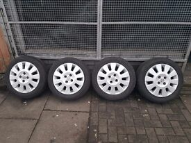 """15"""" Inch VAUXHALL ALLOY WHEELS WITH TYRES"""
