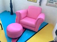 Lovely kids chair n stall
