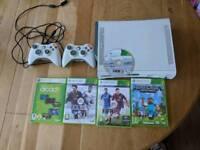 Xbox 360 60 gb diak plus 2 controllers