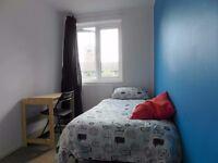 Single room in Stepney Green with Bills & Wifi