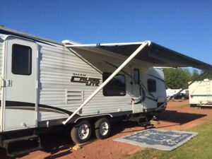 2011 Salem Cruise Lite 28BH XLite BackPack Edition Trailer