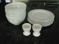 JOB LOT OF ASSORTED BREAKFAST DISHES