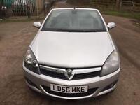 Vauxhall Astra 2.0 i Design Twin Top 2dr Petrol Manual (228 g/km, 197 bhp) HPI CLEAR