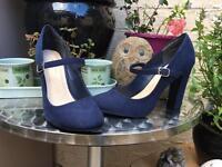 Navy Faux Suede New Look Heels 6