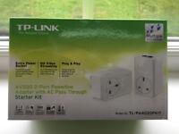 TP-Link 500 Mbps 2-Port Passthrough Powerline Adapter Starter Kit