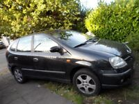 Daily Driver Black Nissan Almera Tino 2004 Petrol for quick sale with short MOT