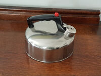 Small kettle - camping - AS NEW