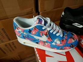 Nike air max 90s £40 sizes 3,4,5,6,7