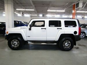 2006 Hummer H3 5 - Speed Manual   4x4 Control