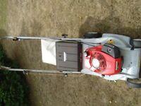 honda hr173 lawnmower self propelled with grass bag