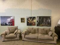 Lovely FABRIC SOFA SET 4+1 SEATER IN NICE CONDITION
