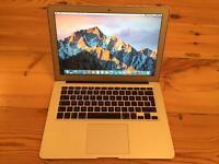 2013 Apple Macbook Air (13-inch, Mid 2012), 1.8GHz/128GB SSD/8GB Memory
