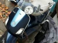 Vespa lx125 - 2008 very good condition £950ono