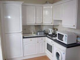 spacious one bedroom flats available in north london.