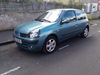 Renault clio,1.2l,low mileage,(12 mont MOT)IDEAL FIRST CAR.low tax & insurance