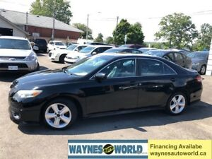 2010 Toyota Camry SE **LEATHER & SUNROOF**