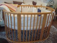 Stokke Sleepi Natural Cot/ Cot Bed With Mattress lots of stokke bedding VGC