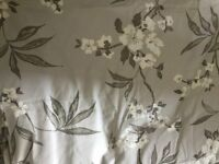 New Laura Ashley Fabric floral - material - shabby chic - curtains blinds - sewing chair home bed