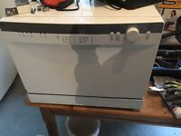 Mini dishwasher indesit, barely used