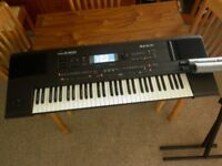 Roland E600 Keyboard, Stand and Carrycase