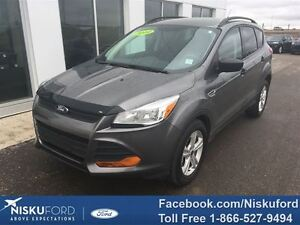 2014 Ford Escape S Excellent condition $155.45 b/weekly.