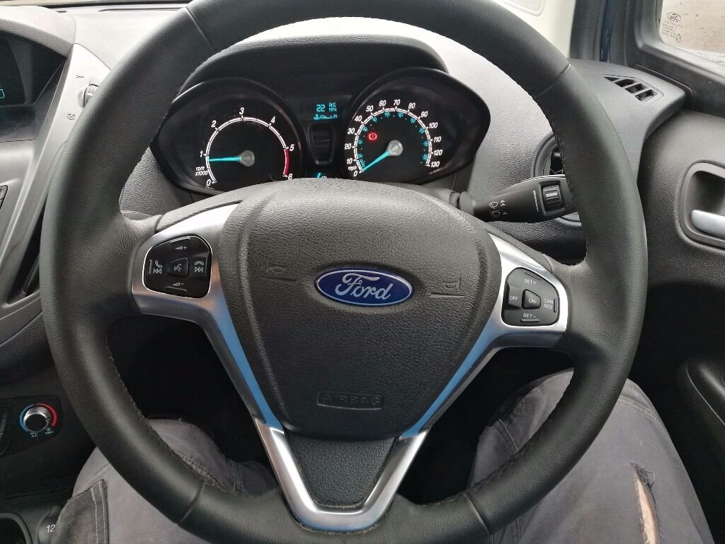 Diamond condition ford transit courier