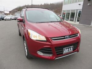 2013 Ford Escape SEL 4WD! PANO ROOF! LEATHER!