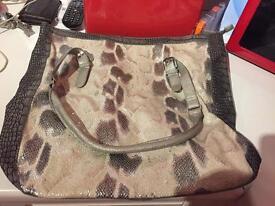 Excellent handbag like new