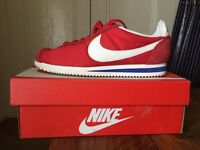 Ladies Nike trainers Red size 6