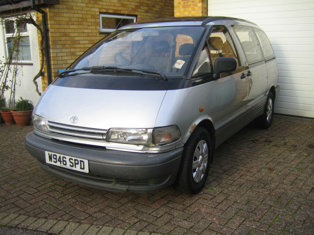 TOYOTA PREVIA 2.4 AUTO EIGHT SEATER