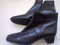 Black size 7 leather ankle boots....as new
