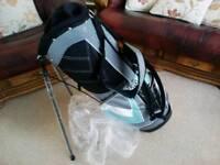 Golf carrying bag