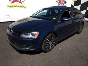 2014 Volkswagen Jetta Highline, Auto, Navi, Leather, Sunroof, Di
