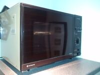 Large old Hitachi Microwave oven in good working order