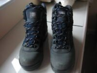 LADIES KARRIMOR WALKING BOOTS - SIZE 8