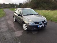 Renault Clio 1.2 petrol ( 12 month mot ) full service history