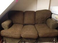 SMALL FABRIC THREE SEATER DOUBLE SOFA BED IN GOOD USED CONDITION FREE LOCAL DELIVERY 07486933766