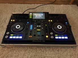 Pioneer XDJ RX and Swan Flight Case - Only used a few times. As good as new.