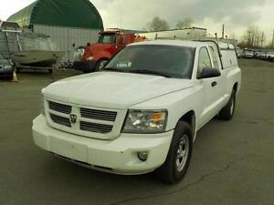 2010 Dodge Dakota ST Extended Cab Short Box 2WD with Canopy