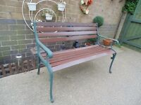 SOLID WOOD AND CAST IRON GARDEN BENCH EXTREMELY HEAVY BENCH IN EXCELLENT CONDITION 125/60/70 cm £50
