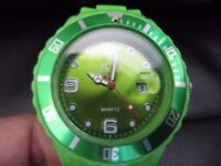 Lovely, green Ice watch (style), worn once, very good condition, large, unisex