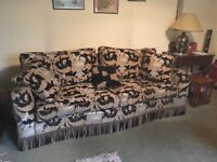 Duresta Diplomat 4 seater sofa and armchair in Corinthian fabric, good condition