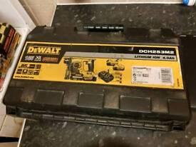 Delwalt dch253m2 rotary hammer drill