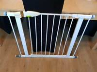 Lindam extra wide pressure fittings stair gate