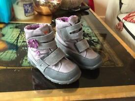 Girls size 23 pepino boots