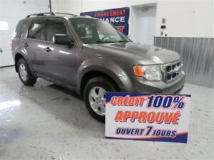 2011 Ford Escape v6 4x4  VOIR VIDEO