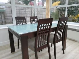 Wood & glass extendable table with 4 matching chairs