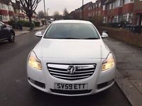 Vauxhall INSIGNIA 2009-1 Year MOT-White-Excellent condition