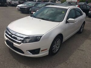 2010 Ford Fusion SEL 3.0L V6 * AWD * LEATHER * POWER ROOF London Ontario image 2