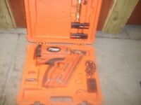 PASLODE IM350+ FIRST FIX NAIL GUN IN CASE
